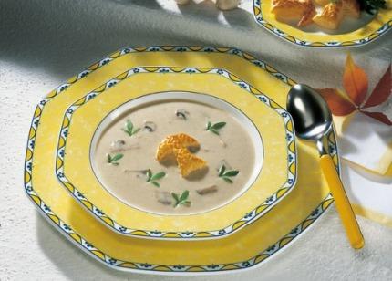 Suppen-Rezept: Gourmet Champignon-Cremesuppe (Vegetarier geeignet) - Foto: Wirths PR