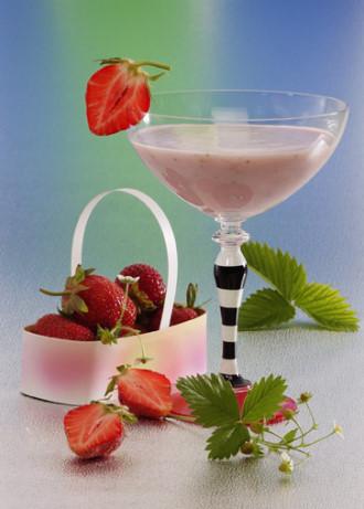 Erdbeer-Smoothie (Vegetarier geeignet) - Foto: Wirths PR