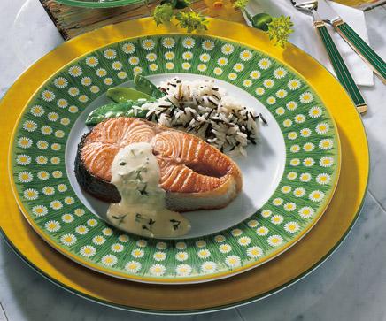 Fischrezept: Lachskotelette mit Kresse-Sauce - Foto: Wirths PR