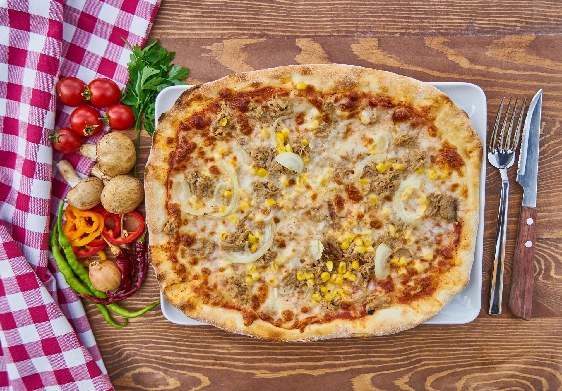 pizza-2803349_1920